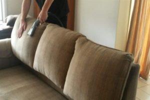 чистка дивана от запахов