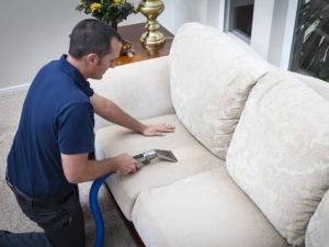 убрать запах с дивана