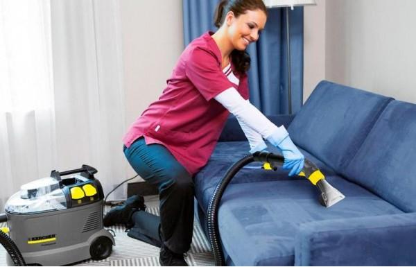 чистка дивана от запаха мочи